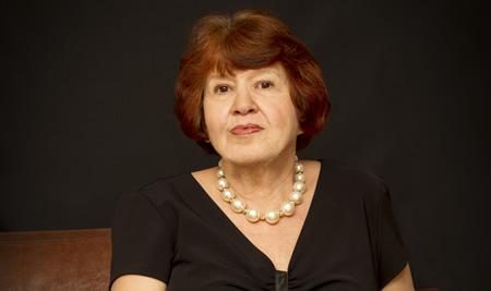 Professor(a)Olga Kiun (PR)