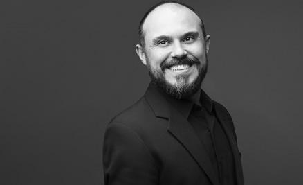 Professor(a)Ricardo de Castro (RS)